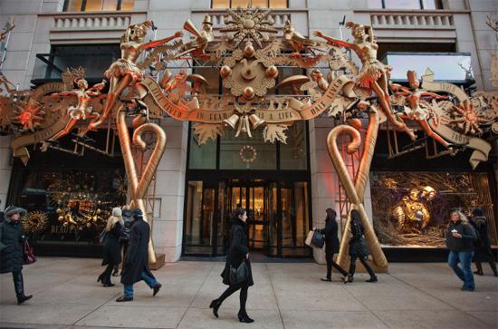如何正确领会假日精神?去看看百货商店圣诞橱窗!