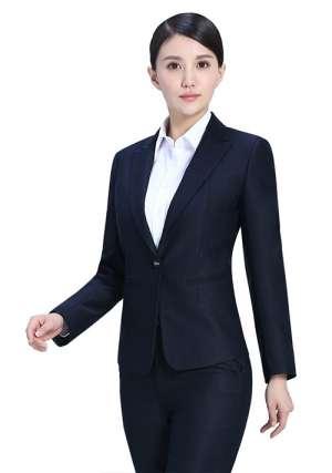 一般选用什么面料定制商务制服?